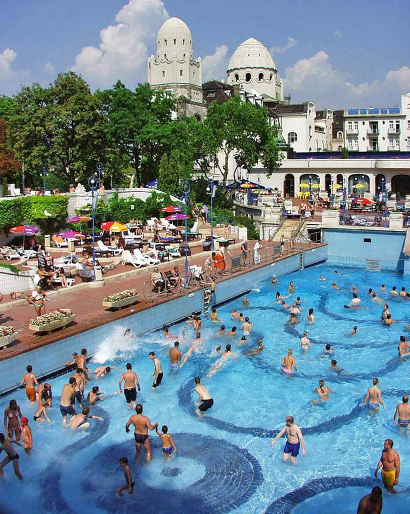 Outdoor Wave Pool Gellert Bath